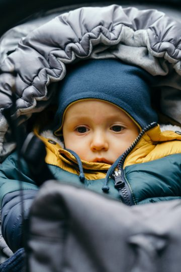how to keep your baby warm in cold weather